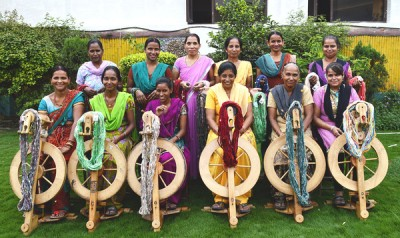 Yarn Weavers